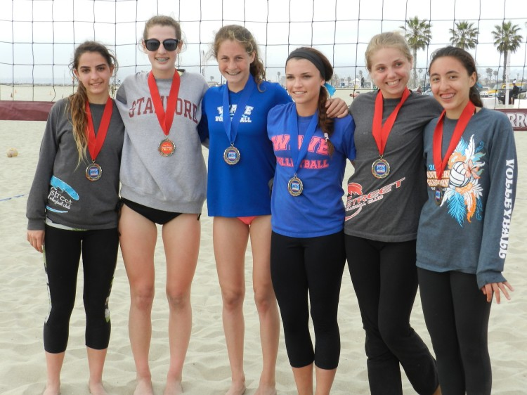 WAVE 14-Brennan's Savvy Simo and Madi Fields (center) win Ocean Beach #3.